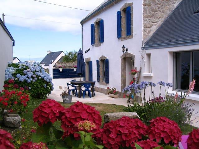 Va Lochenn location saisonnière - Esquibien - House