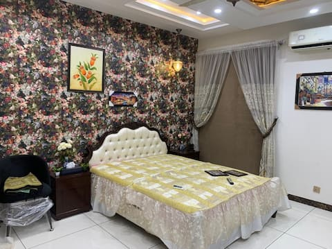 Room for pace place in Gujranwala