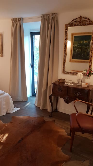 """Suite """"PORTUGAL"""" / double bed"""