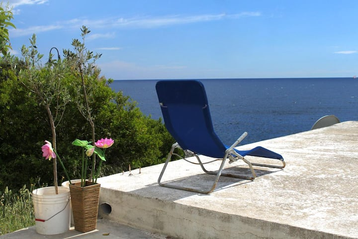 One bedroom house with terrace and sea view Milna, Hvar (K-114)