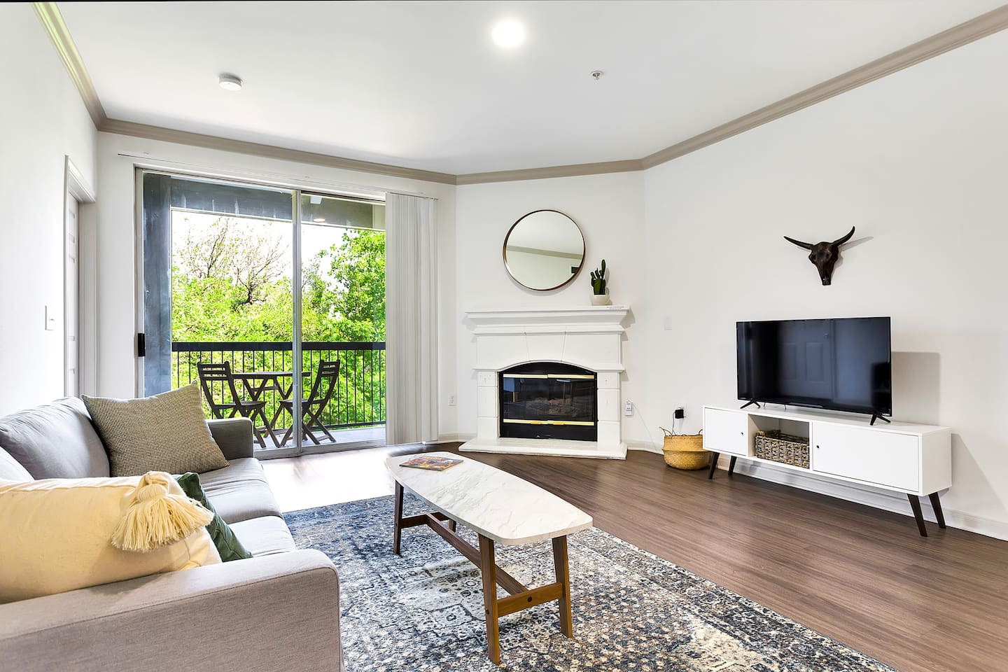Stunning New 3BR on South Congress-Walk Everywhere-Pool&Lounge area ...