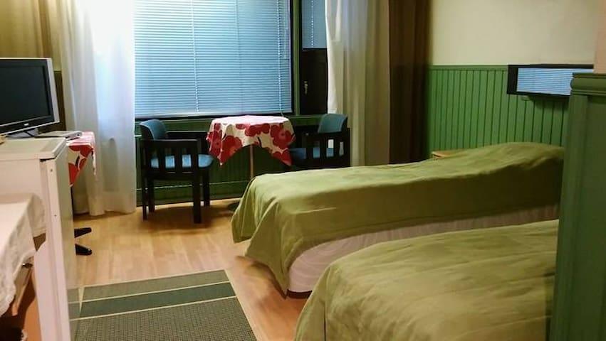 Huoneita keskustassa, huone 2 - Paltamo - Andre