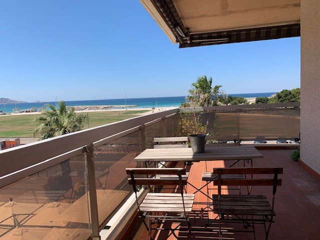Appartment with panoramic sea view