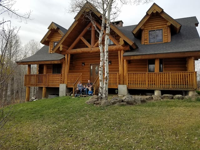 Secluded Fishing and Family Cabin, Sleeps 16+