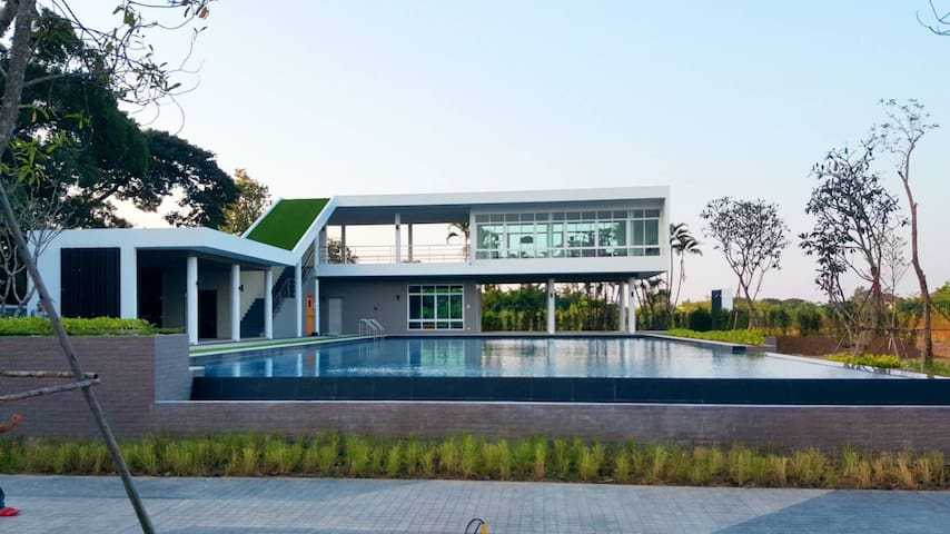 House& private swimming pool in Chiangmai thailand