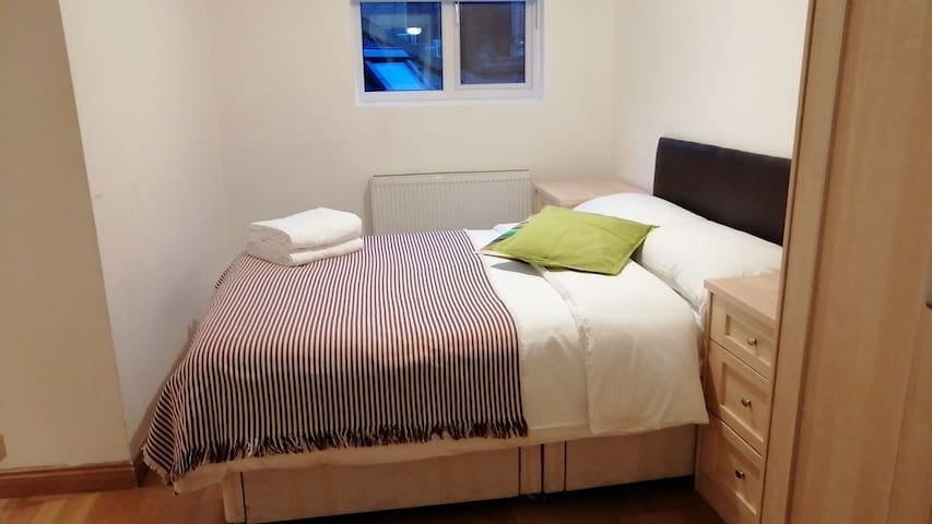 COZY ONE BEDROOM FLAT IN THE HEART OF LONDON
