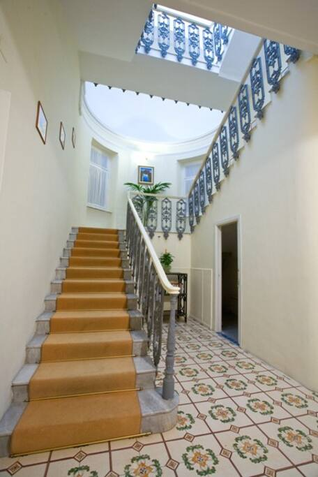 Scala interna Villa Helios