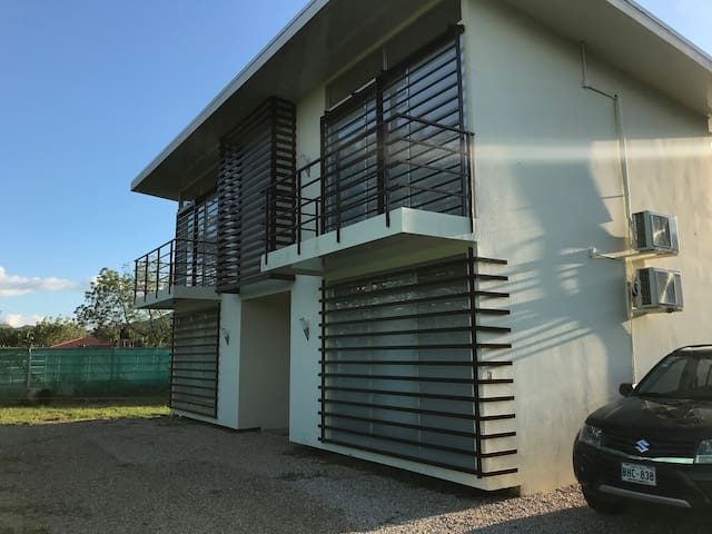 Apartment2 w/ pool 10 min from Tamarindo & Conchal