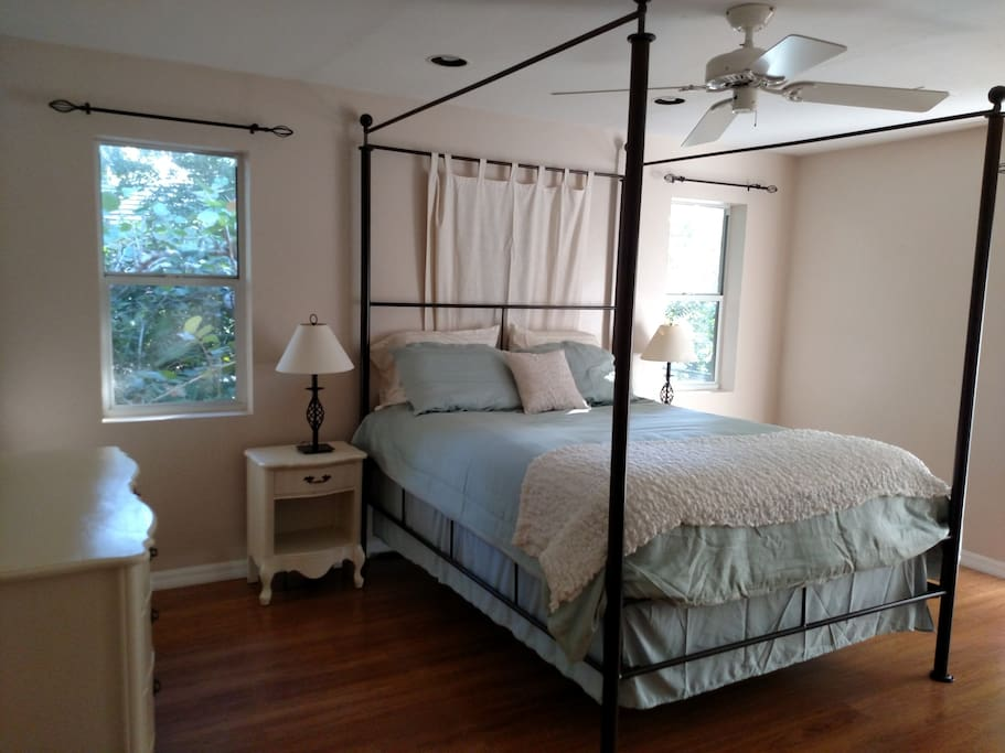 Master Bedroom - four-posted Queen-sized bed, linens, iron/board
