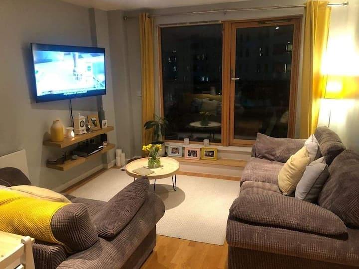 Beautiful 2 bedroom apartment in Edinburgh
