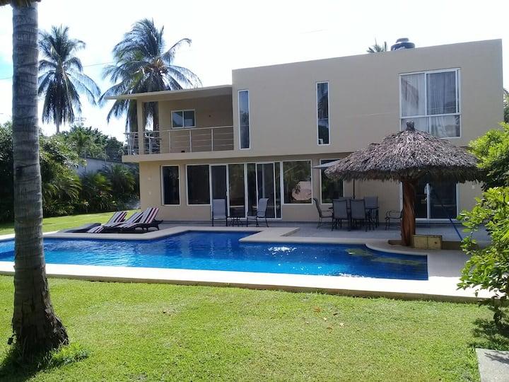 Casa ubicada en Acapulco Diamante
