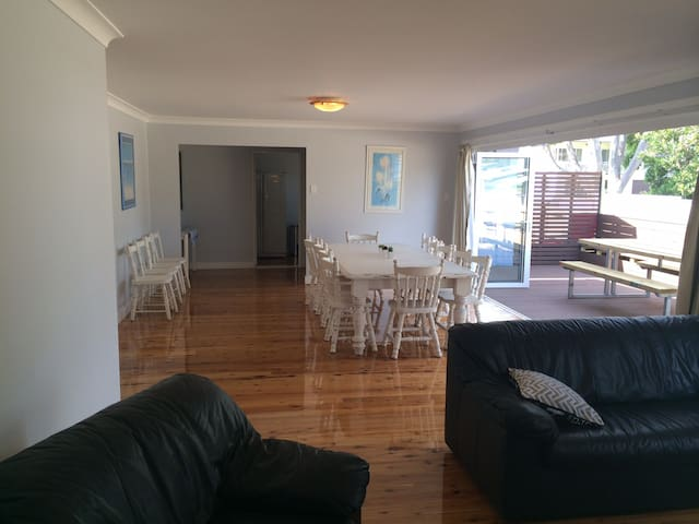 Watts @ Callala Beach-Pet Friendly - Callala Beach