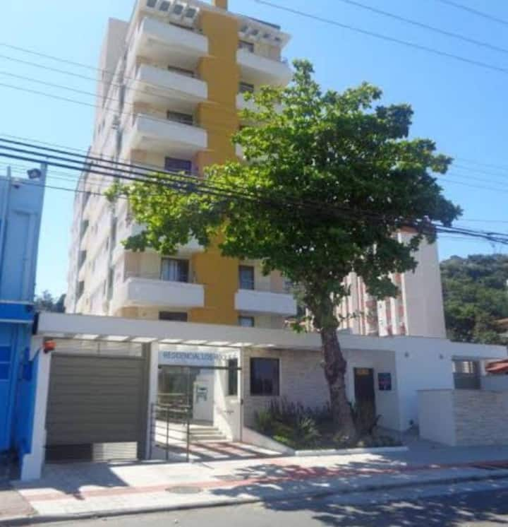 Quarto Privado Top ao lado do Centro de Floripa