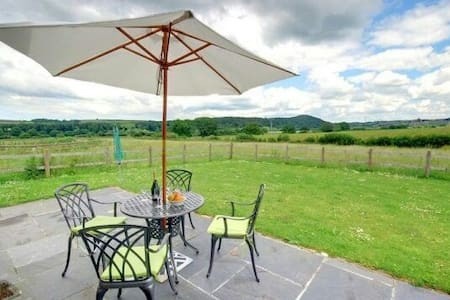 Meadow View Cottage, North Devon - Umberleigh - บ้าน