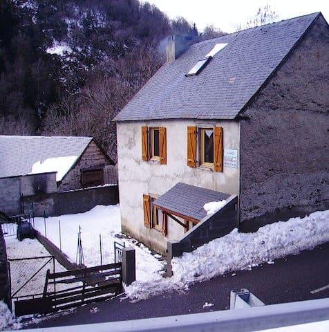 Maison de montagne 8/9 personnes - Aragnouet - Huis