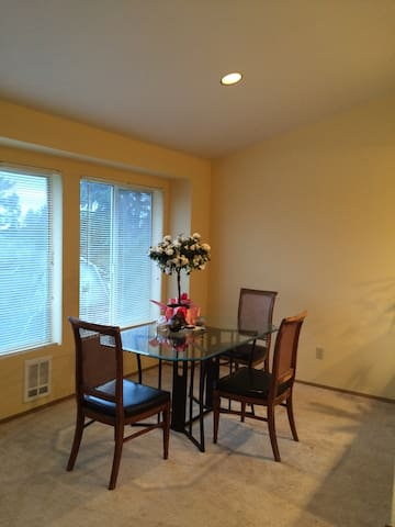 2 bedroom apartment at Greenwood ave N - Seattle - Daire