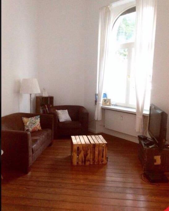 2 Zimmer Altbauwohnung In Bonner S Dstadt Flats For Rent In Bonn Nrw Germany