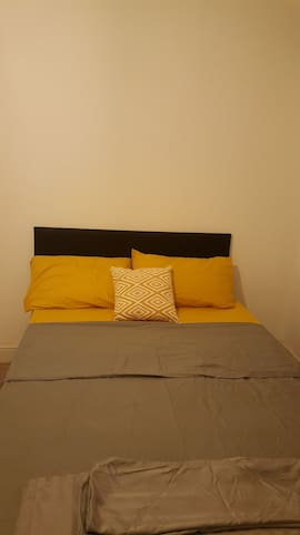 Large double room in a quite house