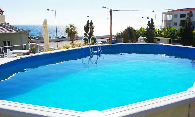 ..FULL OCEAN VIEW- WHIT SUNNY POOL - Paul Do Mar - Appartement