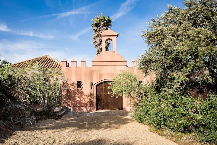 Alvarianes, beaufil spanish villa