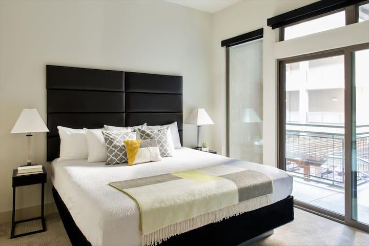 Lovely One Bedroom SOCO Condo!