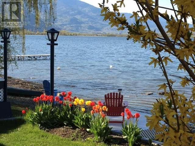 Osoyoos Lakefront Cottage - Osoyoos - House
