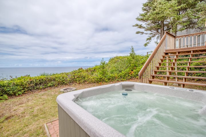 Great Ocean Front Home with Hot Tub!