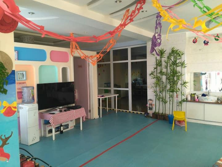 想试试在幼儿园里住的感觉吗?