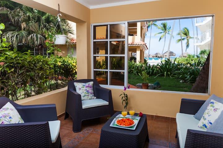 E101 - 2 BDR Apartment, Ocean view Los Corales