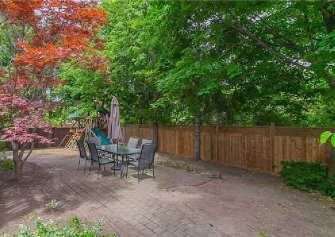 ❤PRIVATE Timber Garden Studio near ✔Shops,✔Diners!