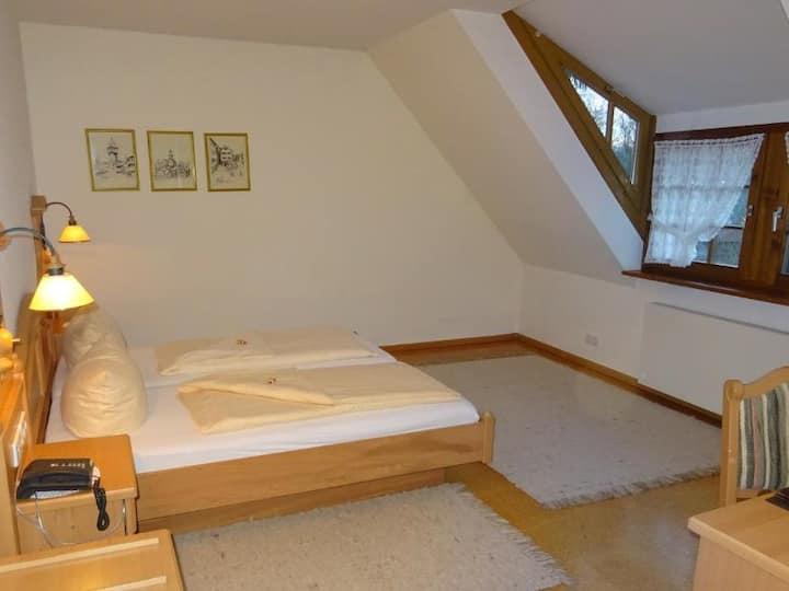 Gästehaus Wasserstelz, (Hohentengen a.H.), Doppelzimmer mit Duschbad und WC