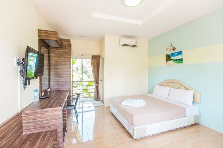 Krabi Avahill Resort (Standard Double room)