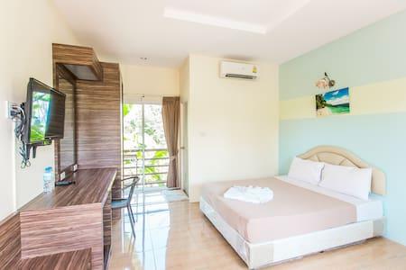 Krabi Avahill Resort (Standard Double room)