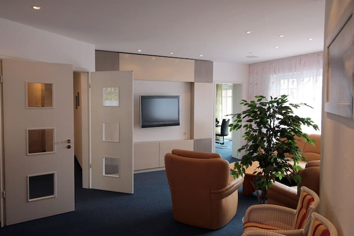 Große exklusive Wohnung in Memmingen - Memmingen - Lägenhet