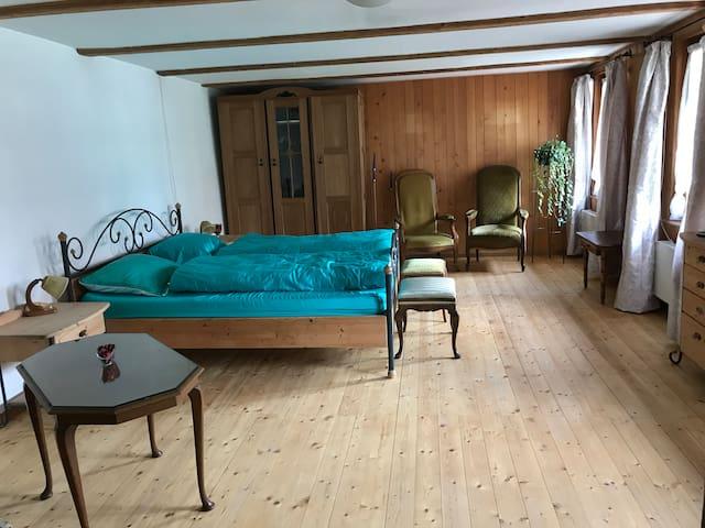 Wohnung in Gampelen BE