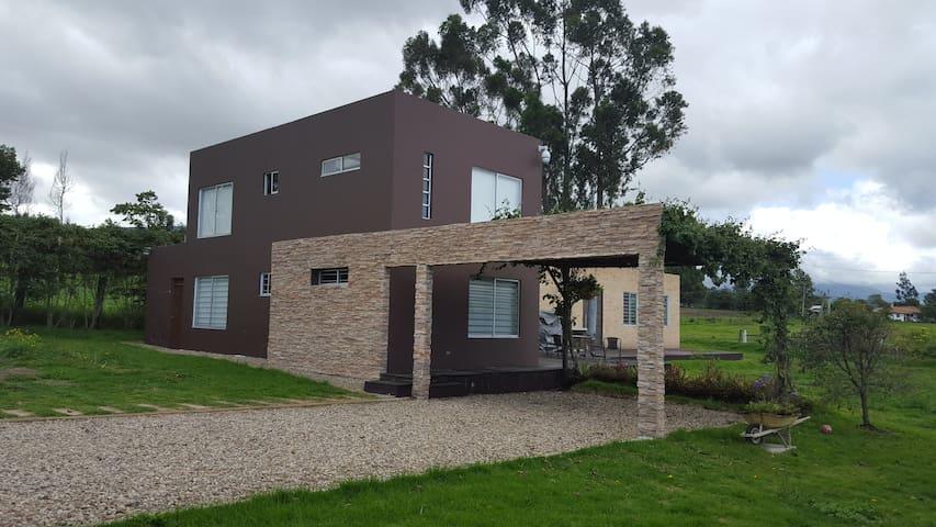Wepiaa Casa de campo - Subachoque - Dom