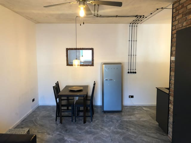 ARTISTIC & COMFY  51mq2 Apartment