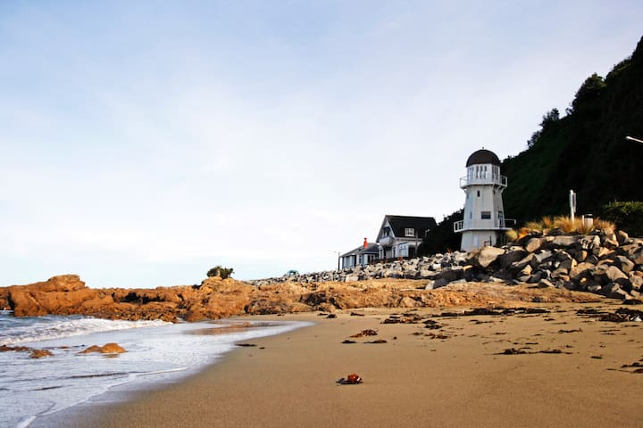The Lighthouse in Island Bay