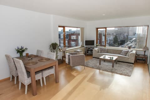 Topfloor apartment close to all amenities