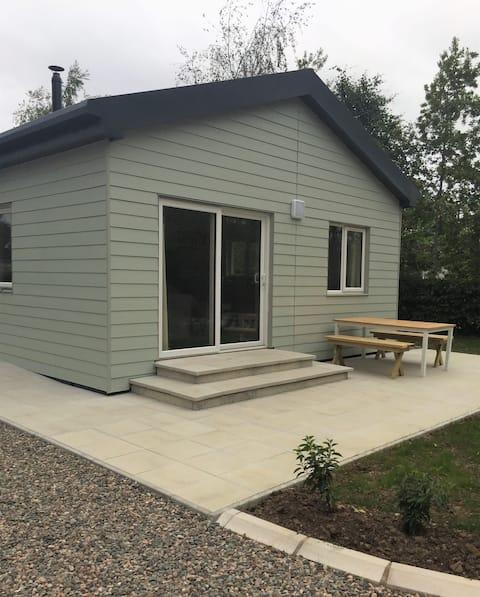 Elm Lodge - Modern Log Cabin on Upper Lough Erne