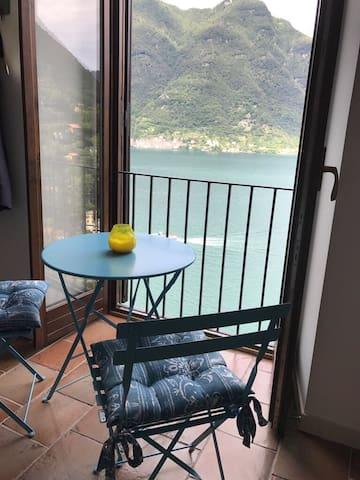 Casa Isabella - enjoy our stunning Lake home!