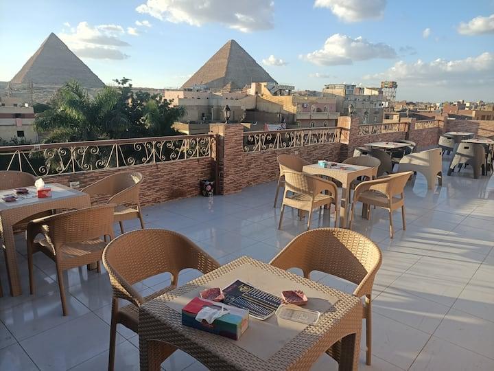 Makadi pyramids view Hotel