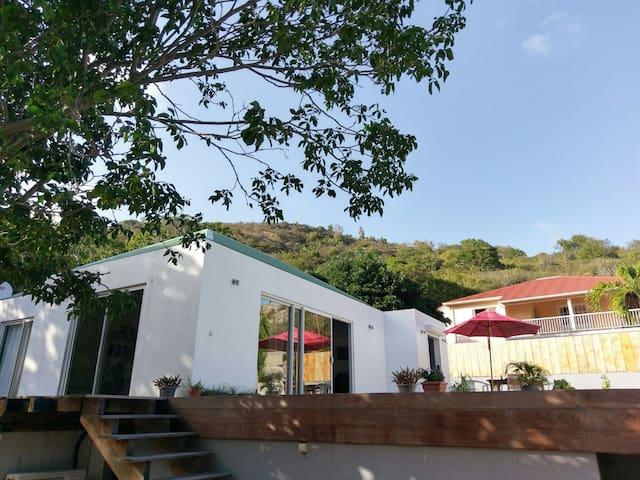 Villa 2 chambres avec piscine Saline