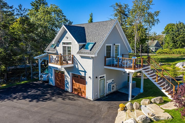 Luxury Carriage House on Spruce Point, Pets ok!