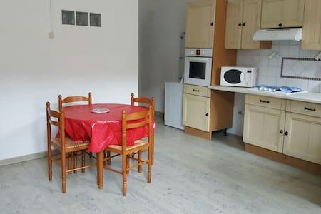Appartement sympathique - Moriez