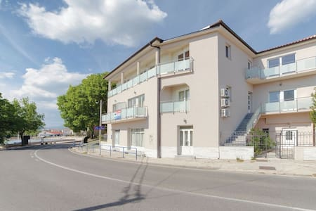 1 Bedroom Apts in Novi Vinodolski #10 - Novi Vinodolski