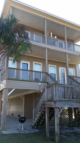4/3.5 Bath Home w/ Pool, Hot Tub, WiFi & Fishing! - Gulf Shores