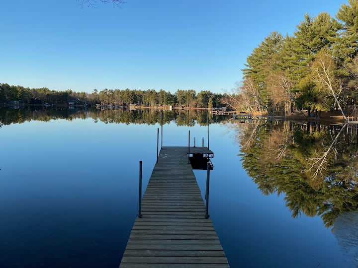 Lion on Dake Lake, Waupaca  Sleeps 14+/6 BR/4 Bath