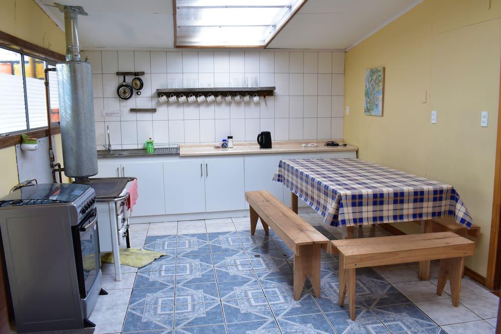 Amplia cocina totalmente equipada