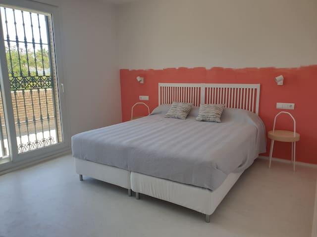 Dormitorio matrimonial 2 Planta alta
